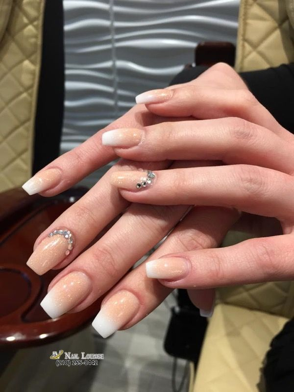 Your Nails Are The Reflection Of Yourself Lv Nail Lounge 10538 Potranco Rd Unit 209 San Antonio In 2020 New Years Eve Nails Beautiful Nails Nails