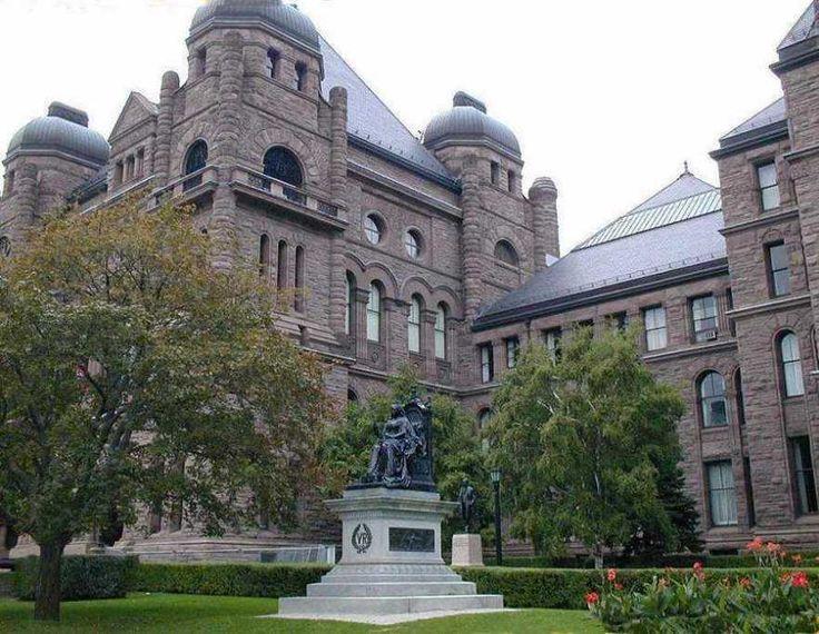Queens Park Provincial Legislature Building Toronto With Statue Of Queen Victoria