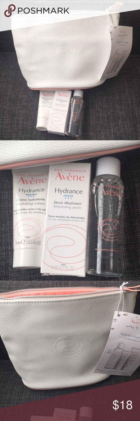 Avene Hydrating travel set BNWT, hydrating travel set with bag. Avène skin care. Micelar lotion .6 fl oz, Hydrance Intense Rehydrating Serum .1 fl oz, Hydrance Rich Hydrating Cream .5 fl oz. Avene Makeup