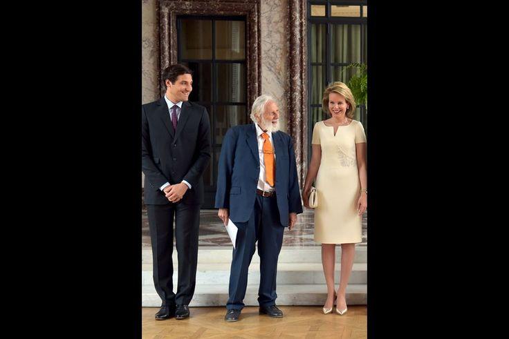 La reine Mathilde de Belgique avec les princes Jean-Christophe Napoléon et Nikolaus Blucher à Bruxelles, le 17 juin 2015