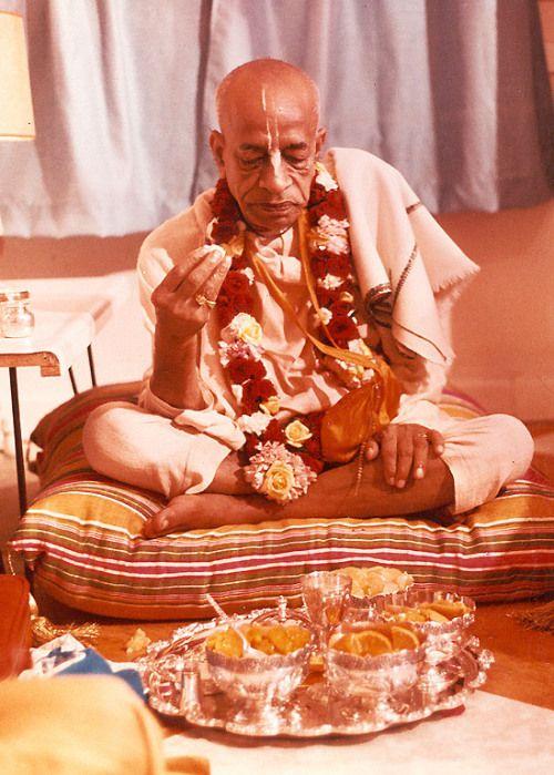 Prabhupada taking-prasadam