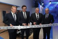 Invelt zrekonstruoval BMW showroom v Praze