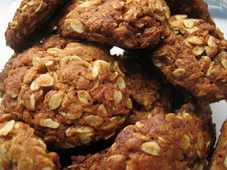 Failsafe rolled oat cookies (Anzacs).