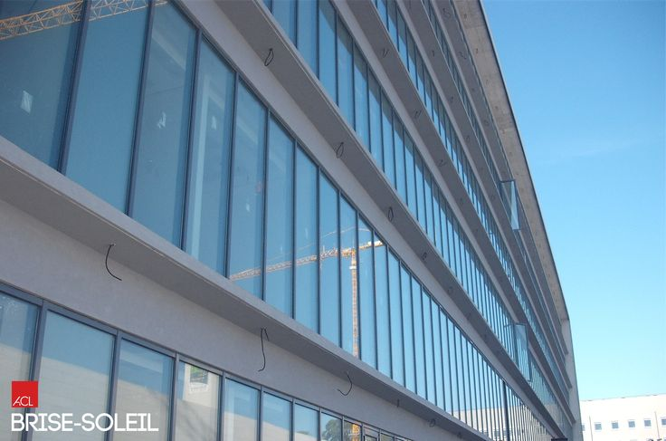 Veja como Ficou! FACULDADE MEDICINA Novo edifício serviço de ciências básicas Fachada com BRISE-SOLEIL ACL Empreiteiro Lucios -- Take a look! UNIVERSITY OF MEDICINE New building - basic sciences services Facade with ACL BRISE - SOLEIL contractor Lucios #acl #acimenteiradolouro #brisesoleil #obrarealizada #betao #edificio #arquitetura #workdone #concrete #newbuilding #architecture #architektur