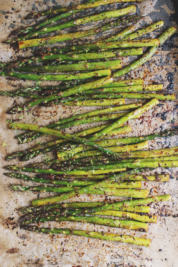 Chili + Lime Roasted Asparagus | @withfoodandlove