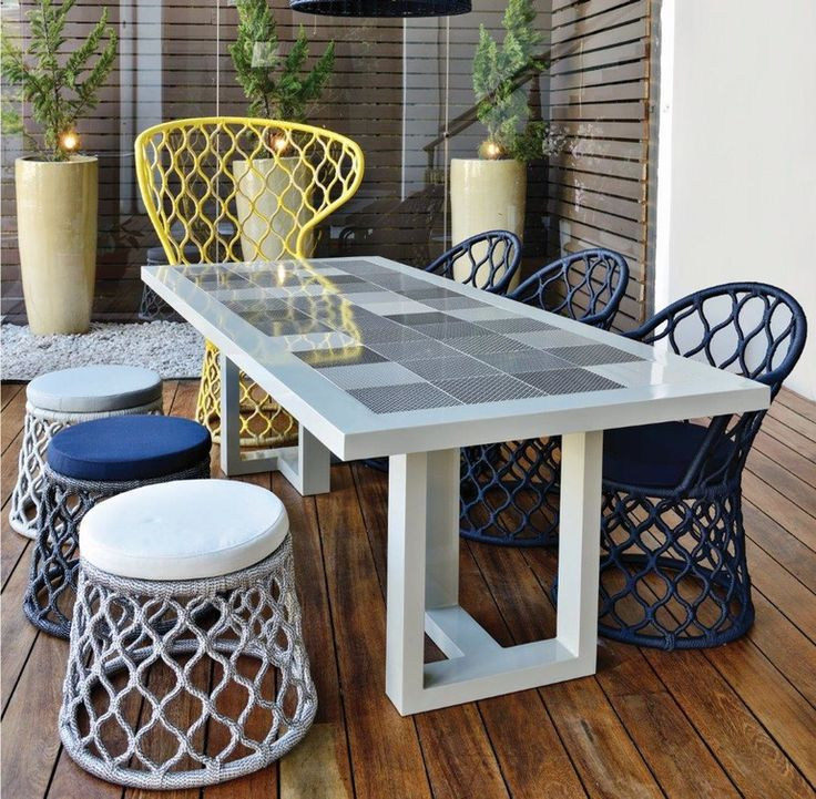 Urban Table - Contemporary Transitional Dining Room Tables - Dering Hall