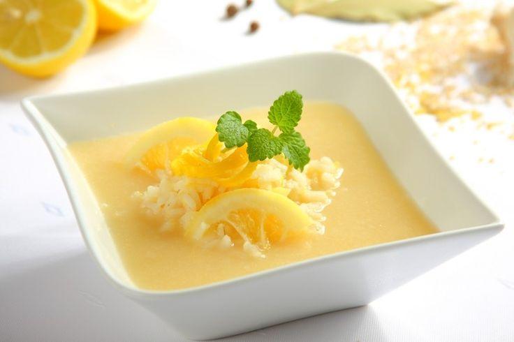 Sprawdzony przepis na Zupa cytrynowa. Wybierz sprawdzony przepis eksperta z wyselekcjonowanej bazy portalu przepisy.pl i ciesz się smakiem doskonałych potraw.