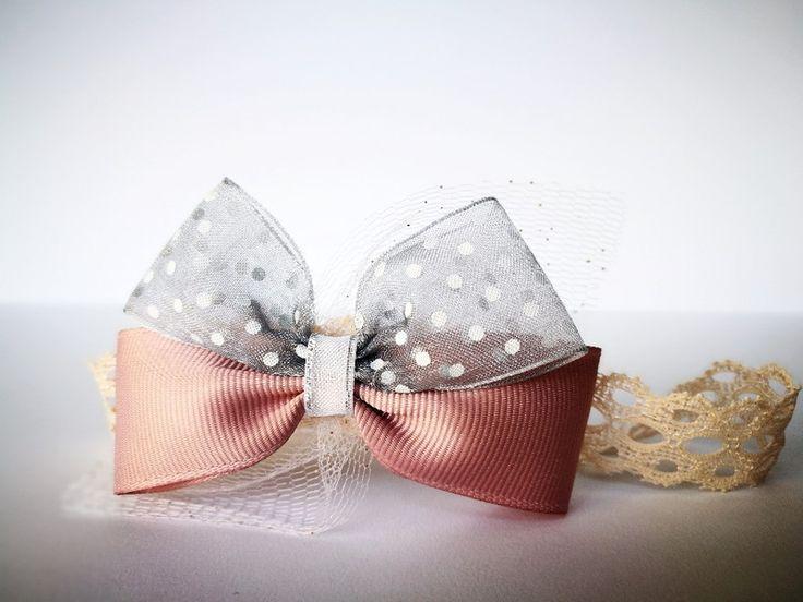 Opaska kokardka szara kropki pąs z tiulem święta  - MadebyKaza - Opaski dla niemowląt