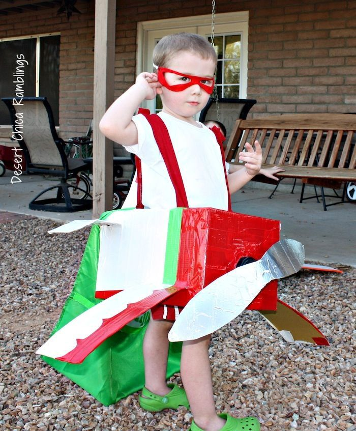 Another Airplane Costume: El Chupacabra DIY costume for kids