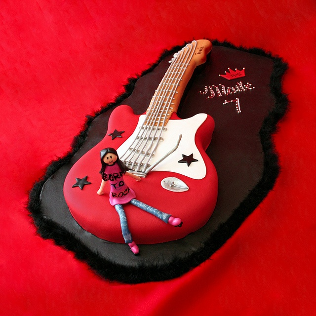 Images Of Guitar Cake : 17 Best images about 18th birthday cake ideas on Pinterest ...