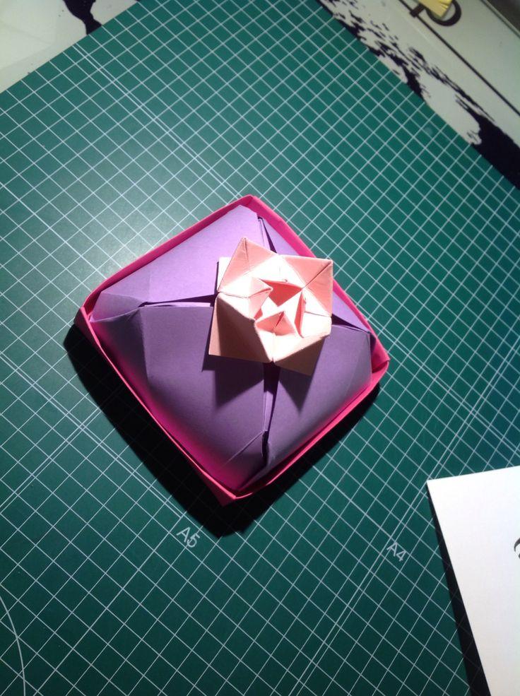 Contenedor origami