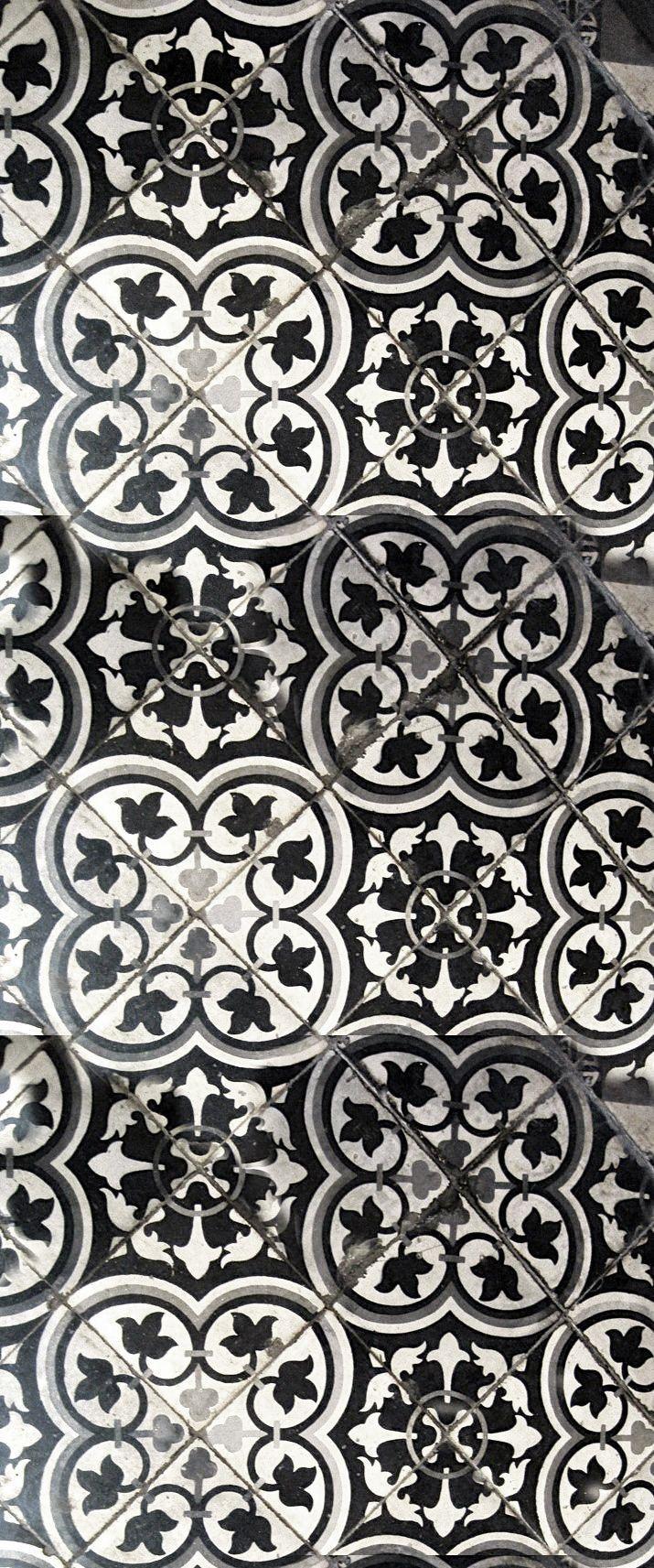 Les 25 meilleures id es de la cat gorie gravures de salle de bains sur pinterest art mural - Carreaux sol noire ...