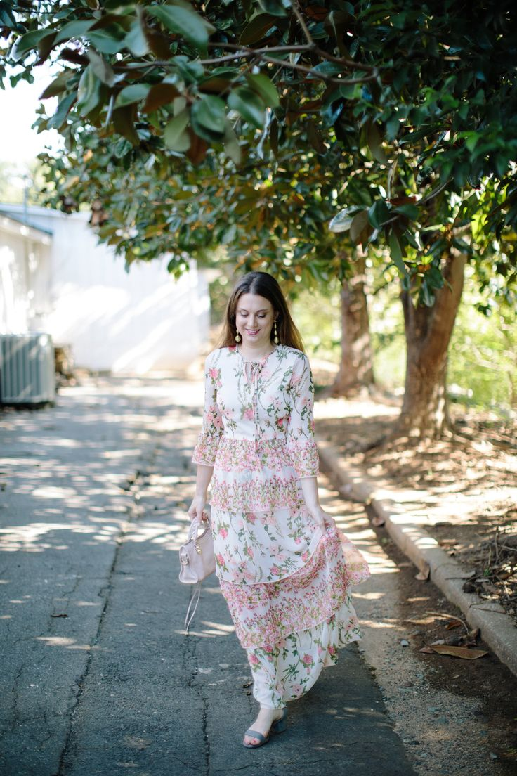 Boho tunic top blouses and dress 4009 trendy boho vintage gypsy - A Pretty Garden Floral Maxi Dress For Summer And Fall Styled By Fashion Blogger Maggie Kern