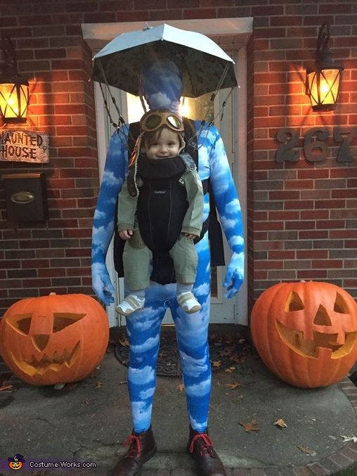 baby skydiver creative halloween costume idea - Creative Halloween Costume Idea