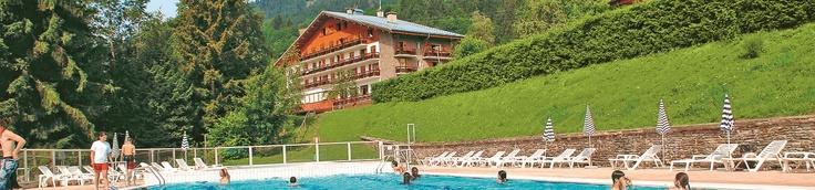 Hotel Club Vacances Bleues, Les chalets du Prariand à Megève - http://bougerenfamille.com/vacances-dans-les-alpes-en-famille/#megeve