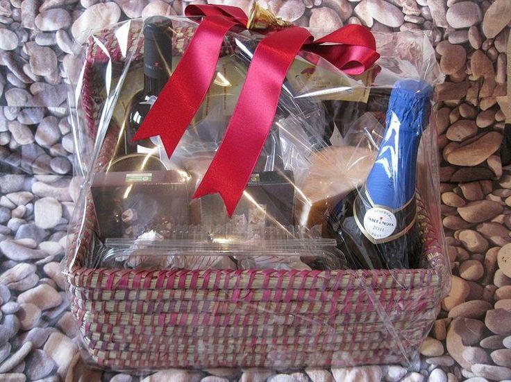 """Fotoidea """"Cesta de Navidad con productos ecológicos y de comercio justo"""" enviada por Triodos Bank. Comparta sus fotoideas en: https://apps.facebook.com/414437558614658/"""