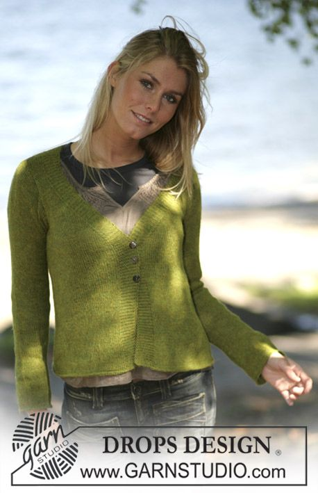 """Free pattern: DROPS Tailored cardigan knitted in """"Alpaca"""
