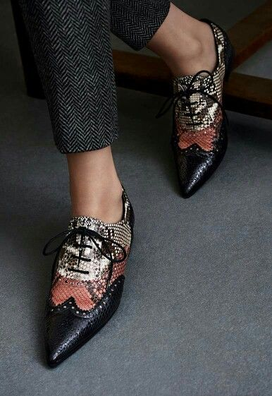 Decadent Three Tone Oxfords with Tweed Slacks | Raspberry. Dark Chocolate. Vanilla! | | { Couture /// In the Details WOMEN'S FLATS http://amzn.to/2jETOMx