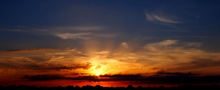 #bright #cloud #clouds #cloudy skies #cozy #dark #dawn #dramatic #dusk #evening #landscape #light #moon #nature #outdoors #scenic #silhouette #sky #sun #sunlight #sunrise #sunset #water #weather