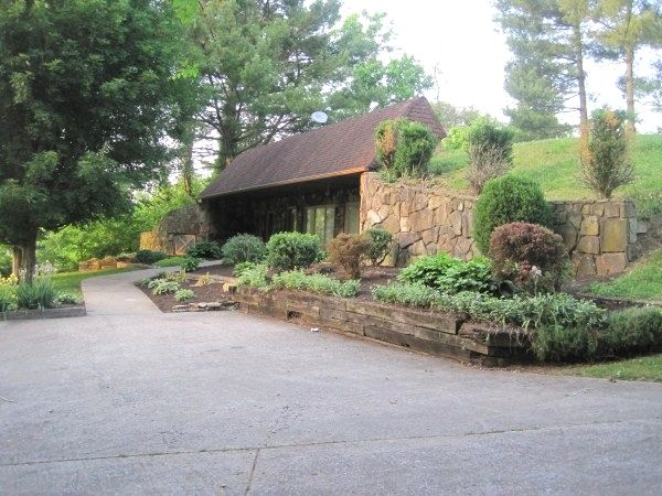 Underground+Homes+for+Sale | Unique underground home! $134,500 Whitley County Homes For Sale ...
