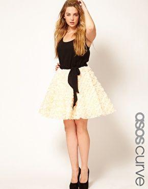 Love this dress!: Party Dresses, Black White Dresses, Asos Curves, Parties Dresses, Enlarge Asos, Rose Skater, Curves Parties, Asos Parties, Rosebud Skirts