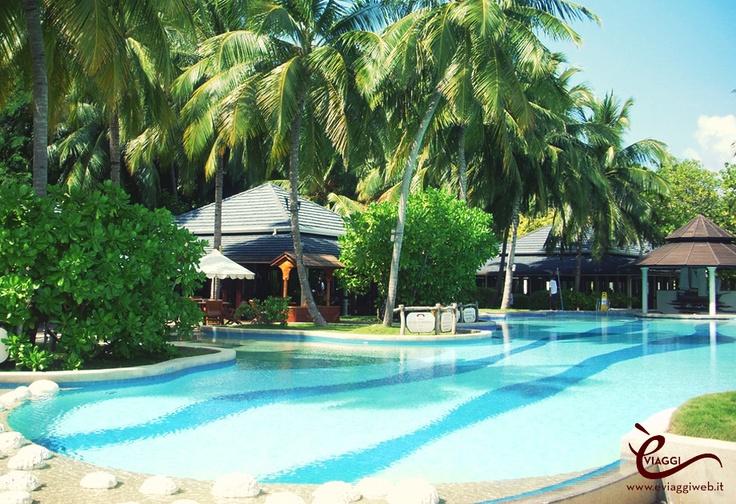 Un viaggio in paradiso?! Vola alle Maldive con è viaggi. Visita il nostro sito www.eviaggiweb.it  #eviaggi #eviaggiweb #divertimento #vacanze #vacanze2013 #agenziaviaggi #maldive #atollodibaa #maldive2013 #fun #travel #holidays #madeinitaly #italiantravelagency #quality
