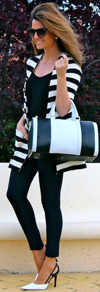 Le Saint Black And White Tote  #Le Saint #Black #White #Tote #Totes #Black And White Clothing #Timeless Clothing #Plain and Print Mixes #Fashion #Women #Blogger #Oh My Looks