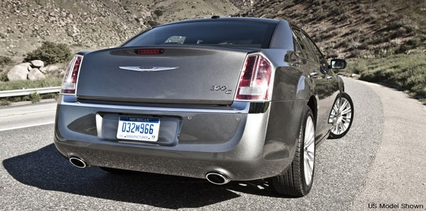 The New 2012 Chrysler 300c Comes With The Dominating Best In Class