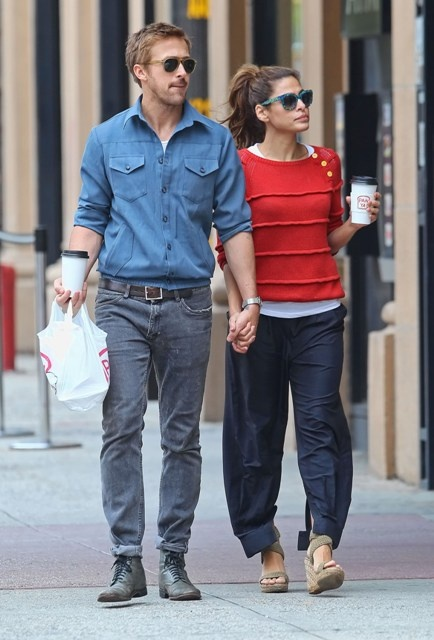 Eva Mendes & Ryan Gosling looking cute and hot. Respectively.