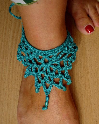 Crocheted anklet PDF patten a photo tutorial ankle by sewella