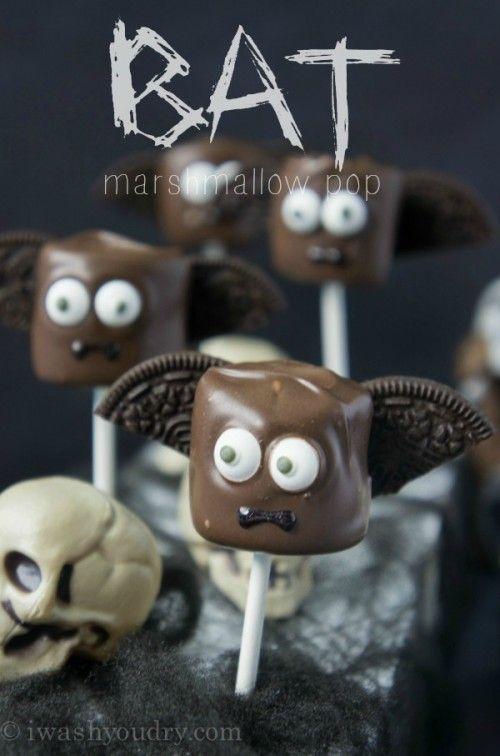 Halloween party treats / food: Bat Halloween Marshmallow Pop cute kids halloween ideas #halloween #party #kids