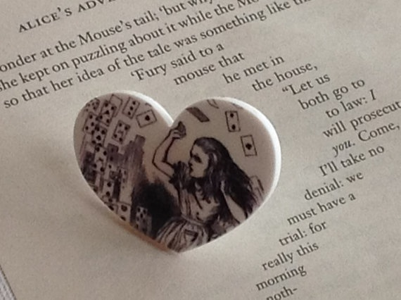 Heart Shaped Alice In WonderLand Ring by Mogglepops on Etsy, €13.99