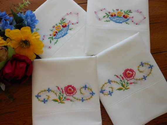 These Vintage Hand Embroidered Pillowcases have sweet little designs on them and Hem Stitching detail at & 466 best bed covers \u0026 pillow covers images on Pinterest | Bed ... pillowsntoast.com