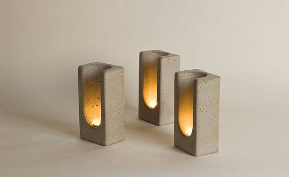 Tealight Totem in Concrete by Plywood Office di PlywoodOffice
