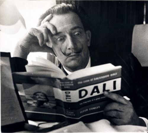 .Reading Dali, Salvador Dali, Art, Salvadordalí, Dali Reading, Salvador Dali, Daily Heraldic, Terry Fincher, Inspiration People