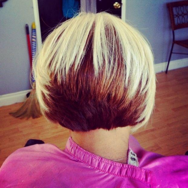 36 Two Tone Hair Color Ideas For Short Medium Long Hair Two Tone Hairstyles Hairstyles Weekly Two Toned Hair Cool Hair Color Bob Hairstyles