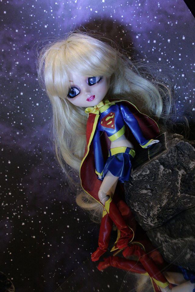 custom supergirl