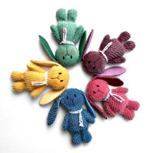 Cute bunnies designed by Tracey Sully of Bears by Tracey.  Available from www.etsy.com/LittleBearCompany