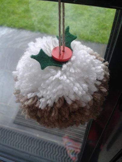 pompom christmas pudding