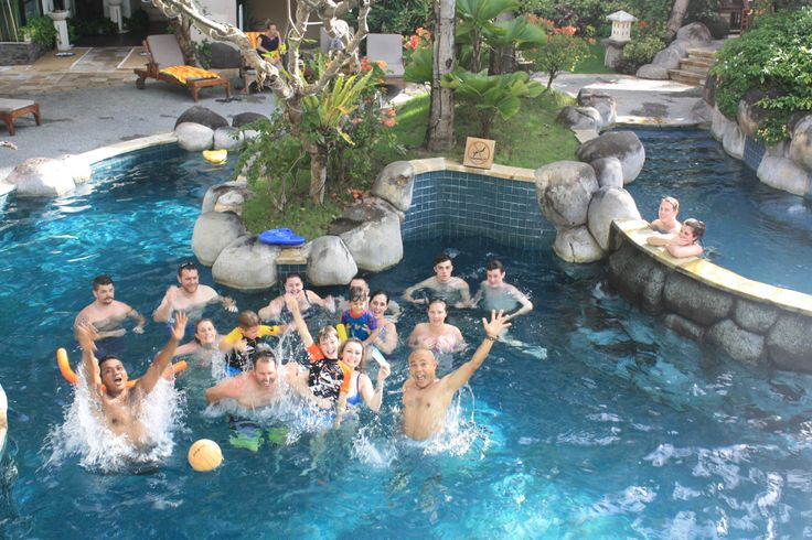 laguna pool bar- Kuta Paradiso Hotel Bali