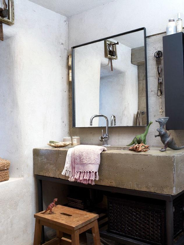 betonnen wasbak industrieel badkamer