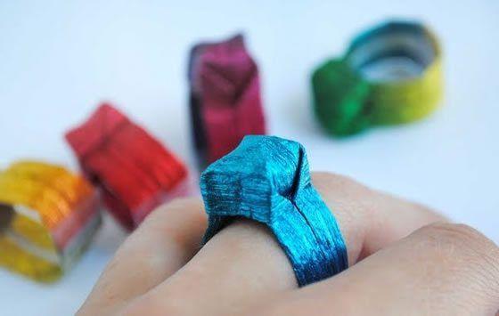 Neste post você vai aprender como criar anéis lindos com a técnica de origami. Prepare os papéis col
