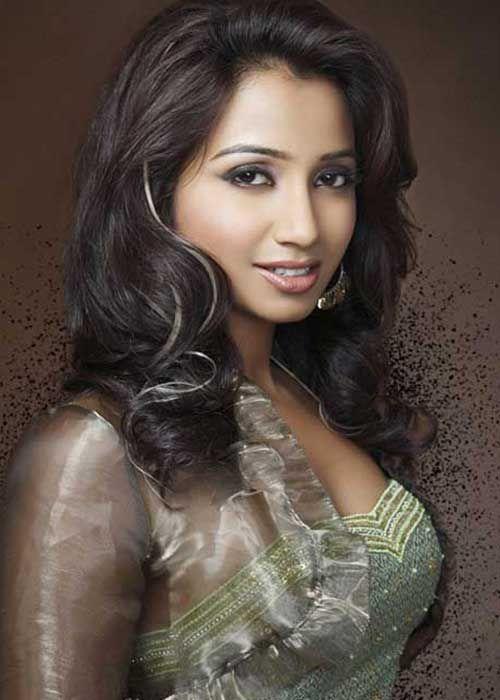 Hasil gambar untuk shreya ghoshal magazine