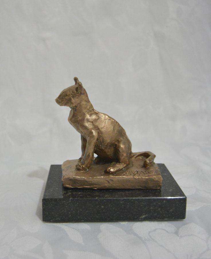 PETIT CHAT. Cast Bronze. Limited edition.