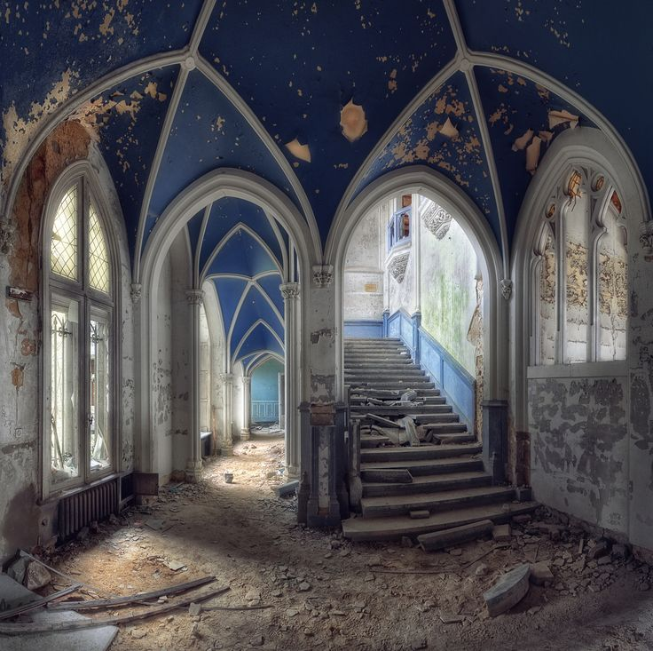 https://flic.kr/p/aCnVnK | Abandoned Castle - Belgium | HDR Panorama