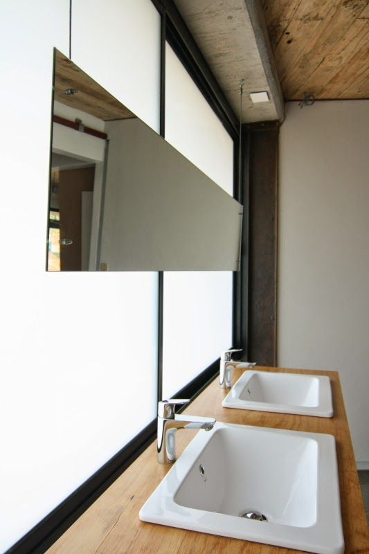 Sleek bathroom mirror