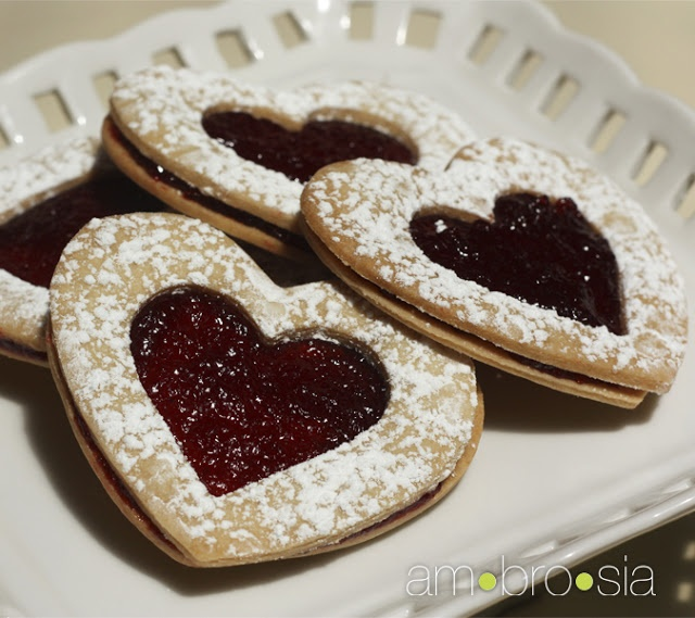 Shortbread Hearts with Raspberry Jam | COOKIES! | Pinterest