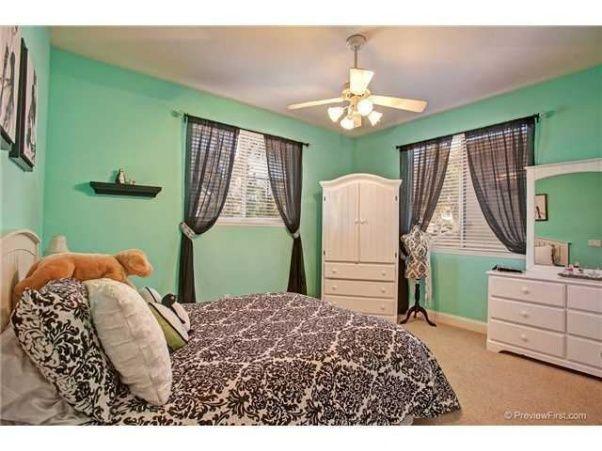 best 20 tiffany inspired bedroom ideas on pinterest teal girls bedrooms mint blue room and. Black Bedroom Furniture Sets. Home Design Ideas