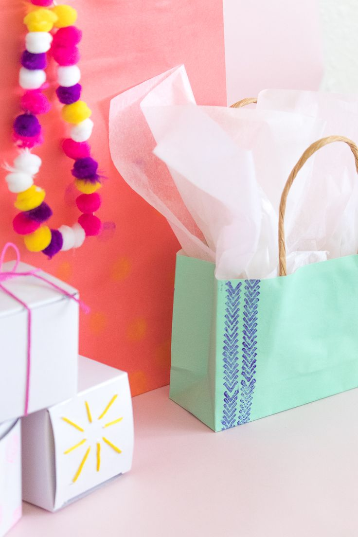 Wrapping tips for gorgeous gifts every time brit co - Diy Mother S Day Gift Wrap Ideas