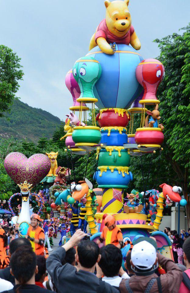 HongKong Disneyland parade #disneyland #hongkong